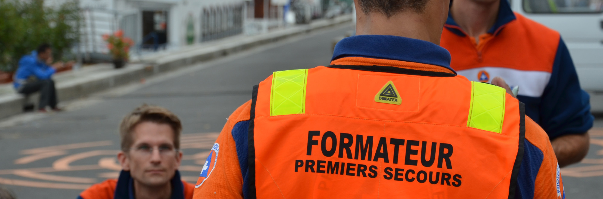 Formation-interne-protection-civile-de-paris-homepage-dos-e1425677320261