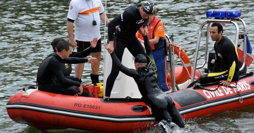 formation-sortie-de-leau-nautique-protection-civile-paris1